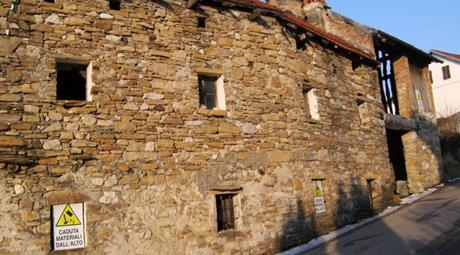 Rustico in Vendita in Borgo  Valbelluno