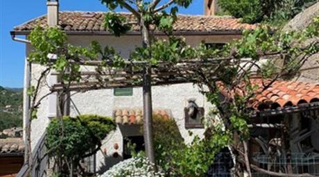 Villa in vendita in vicolo dell'Elcino, 100000€