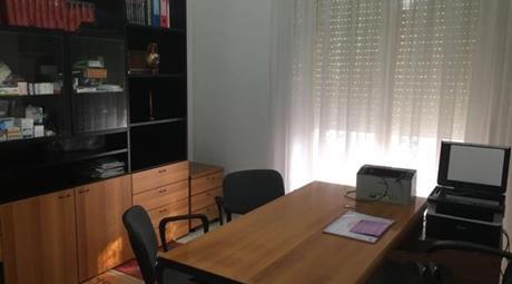 Studio medico ad uso ufficio