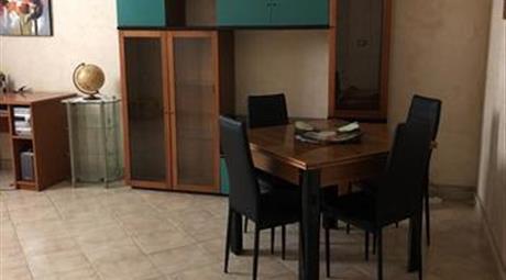Appartamento in via Abate Gioacchino Cosenza in vendita