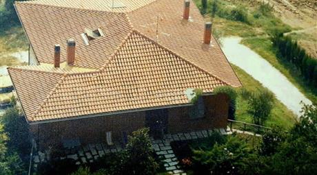 Villa bifamiliare via Porcozzone 11, Trecastelli