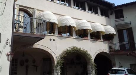 Centrico quadrilocale in palazzo a corte