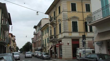 Vendo appartamento in via sant'andrea, 77. viareggio