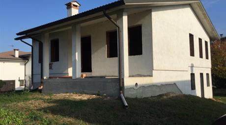 Casa singola nuova al grezzo vera occasion 277 mq