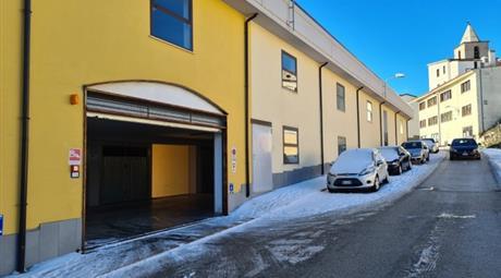 Ultimi Box Auto in vendita via Pietro Micca , Agnone