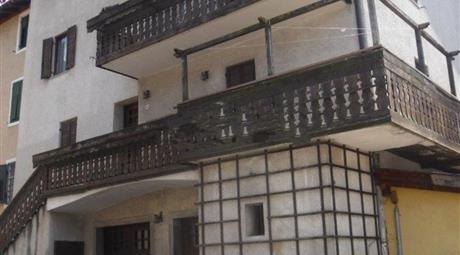 Villa  in vendita in via nazionale, 43