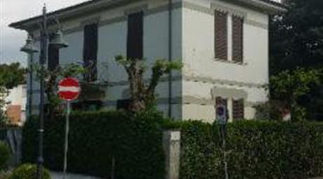 Villa in vendita in viale Versilia, 207 , Pietrasanta