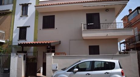 Villa via Dei Gigli 11, Nettuno