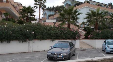 Garage in vendita a Tortoreto