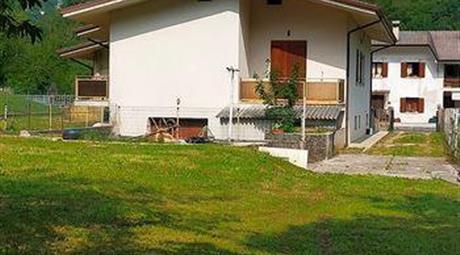 Villa panoramica in vendita a Vito d'Asio