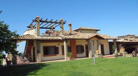Villa via Fosso di Centocorvi, Cerveteri