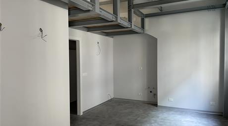 Loft quadrilocale completamente ristrutturato