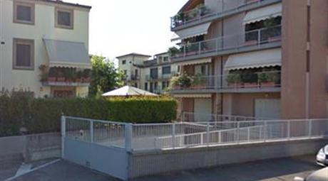 Garage, Posto Auto in Vendita in Strada Bassa dei Folli 156 a Parma € 12.000