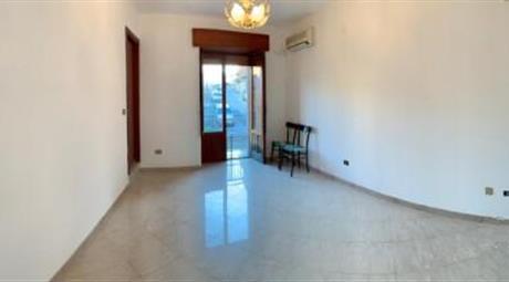 Ciminna (Pa) Appartamento su 3 elevazioni 25.000 €