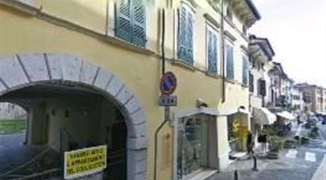Box auto coperto garage Desenzano (BS)