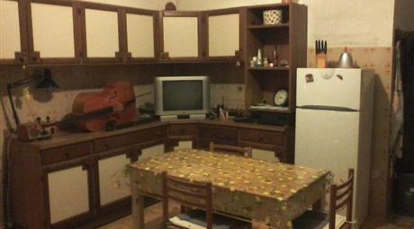 Osilo, Casa indipendente arredata su 3 livelli