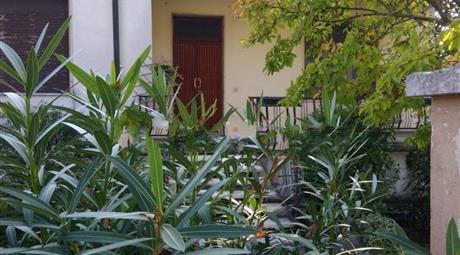 Villa unifamiliare via Camillo Benso di Cavour 42, Bagnolo San Vito