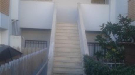 Villetta a schiera via Maris, Santa Marinella      € 155.000