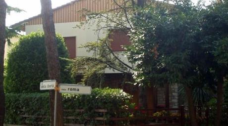 Casa indipendente in vendita in viale Roma, 60, Pomarance