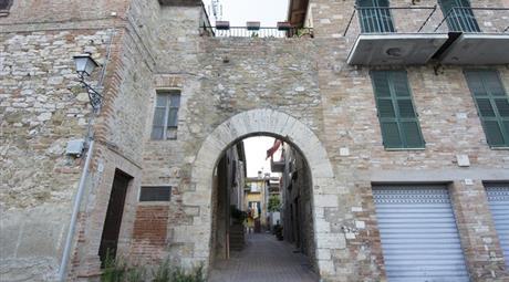 Terratetto, Terracielo in Vendita in VIA DEL PASTORE 6 a Perugia