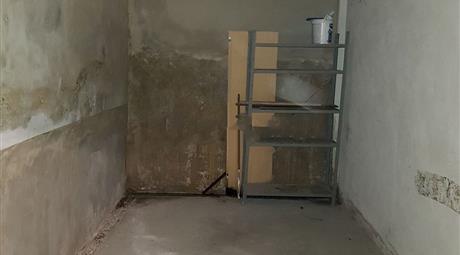 AFFITTO/Garage a  Novara (NO)