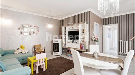 Tipica casa di ringhiera con mansarda | Pagnano centro
