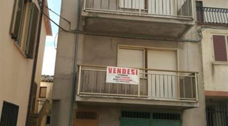 Casa Indipendente in Vendita in Via degli Angeli 31 a Castel Castagna