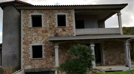 Casa Indipendente in Vendita in Via Volta 71 a Siniscola