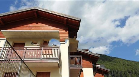Mansarda via Valtellina, Monno