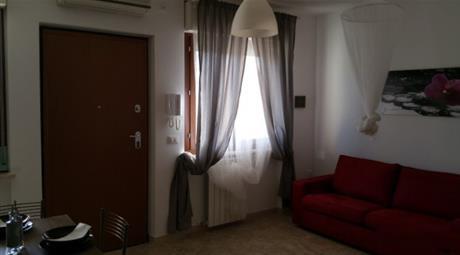 Appartamento monolocale in affitto
