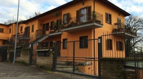 Trilocale via Enrico Galvaligi 60, Mazzano Romano € 120.000