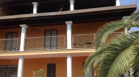 Villa viale Unità d'Italia 450, Taranto