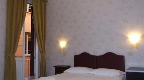 Appartamento in vendita via Firenze 47, Roma
