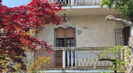 Vendesi Villetta in via Maestri Comacini, 6  a Bussero
