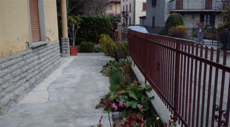 Vendo appartamento indipendente 120 m2 75.000 €