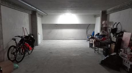 Garage - box 49mq- passo corese - fara in sabina