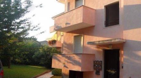 Appartamento centrale con 3 stanze a 50 m dal lago