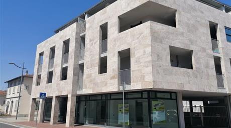 MONTELUPO Via CAVERNI - Locazione immobile 250mq EX FILiALE di BANCA - adatta ad uso UFFICI / STUDI PRIVATI