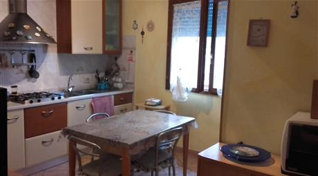 Quadrilocale in vendita in via Gian Battista Bassi, 70 Massa Lombarda