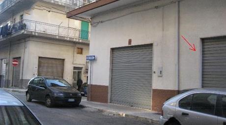 Locale uso garage