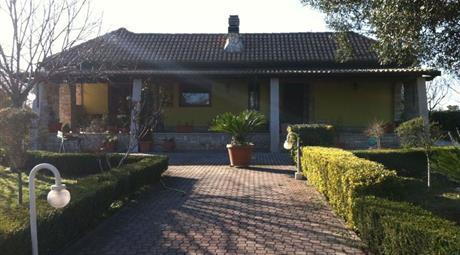 Villa in vendita in Via Vincenzo Gioberti, 162