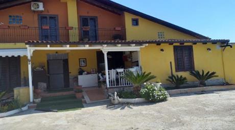 Villa in affitto a  Teano