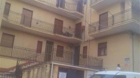 Quadrilocale in affitto in via D.Cirillo, Canicattì