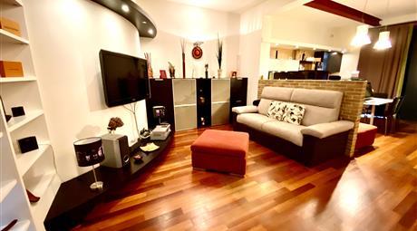 Luminoso appartamento su 2 livelli
