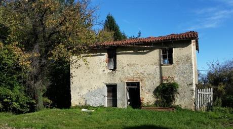 Rustico, Casale in Vendita in Località Camponuovo 50 a Roccavignale