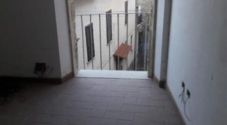 Casa indipendente in vendita