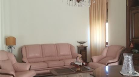 Trilocale in affitto in via San Cristoforo, 300 €