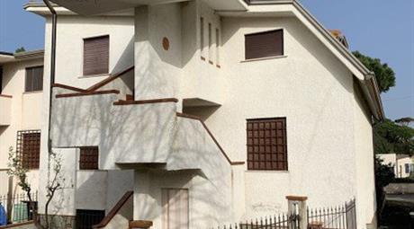 Terratetto in vendita a Fondi