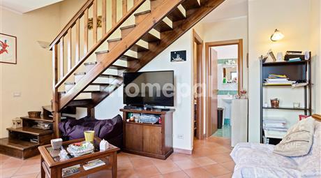 Appartamento su due livelli con terrazzo | Spoleto