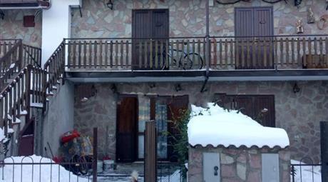 Bilocale via Trepidò Villaggio Palumbo SNC, Cotronei € 30.000